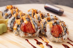 Spicy Tuna Sushi Roll from EddieWorld